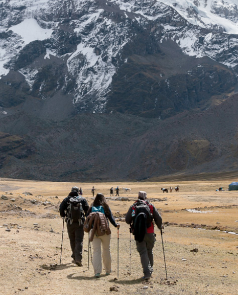 Trekking Andean Lodges